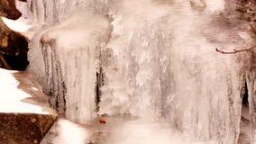 Siklawa w zimie zbiory