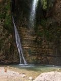 Siklawa z górami w kraju Sri Lanka Zdjęcia Stock