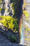 Siklawa z tęczą na Glymur wędrówce Fotografia Stock