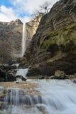 Siklawy przy Nervion rzeką, Delika jar, Baskijski kraj, Hiszpania obrazy stock