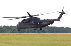 Sikorsky S-65, helikopter för transport CH-53 Royaltyfri Fotografi