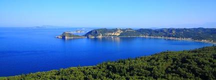 Sikt över Agios Georgios Pagon på den Korfu ön arkivfoto