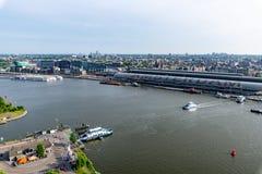 Sikt över Amsterdam uppifrån av utkik royaltyfri foto