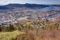 Sikt över Bergen Arkivfoto