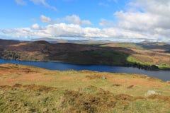 Sikt över Coniston vatten UK fotografering för bildbyråer