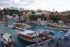 Sikt över den Antalya hamnen Fotografering för Bildbyråer