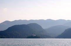 Sikt över den blödde sjön, Slovenien Royaltyfria Foton