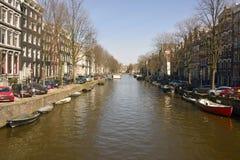 Sikt över den Herengracht kanalen i Amsterdam Royaltyfria Foton