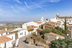 Sikt över den Monsaraz staden, område för Ã-‰ vora, Portugal Arkivbild
