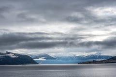 Sikt över den norska fjorden Royaltyfri Bild