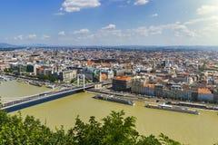 Sikt över Donau i Budapest arkivbilder