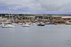 Sikt över hamnen av Penzance, Cornwall arkivbilder