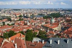 Sikt över historiska Prague, Tjeckien royaltyfria foton