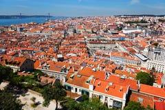 Sikt över husen av Lissabon Royaltyfria Bilder