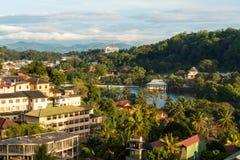 Sikt över Kandy & sjön, Kandy, Sri Lanka arkivfoton