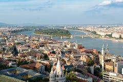 Sikt över Margaret Island i Budapest, Ungern arkivbild