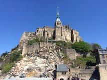 Sikt över Mont Saint Michel Abbey, Frankrike Royaltyfri Foto