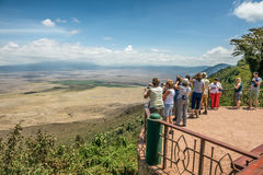 Sikt över Ngorongoro naturvårdsområde Fotografering för Bildbyråer