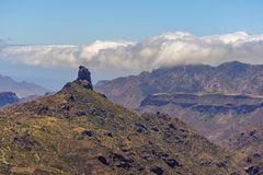 Sikt över Roque de Bentayga, Gran Canaria arkivbild