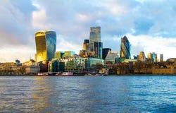 Sikt över thames av staden av london Fotografering för Bildbyråer
