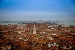 Sikt över Venedig från klockatornet, Italien Royaltyfri Fotografi