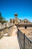 Sikt av alcazar- och domkyrkamoskén av Cordoba, Spanien royaltyfri foto