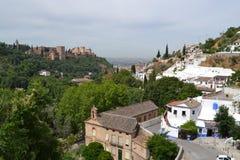 Sikt av Alhambra och Sacromonte, Spanien Arkivbilder