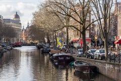 Sikt av Amsterdam kanaler Royaltyfria Bilder