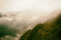Sikt av Anderna från Inca Trail peru Inga personer royaltyfri foto