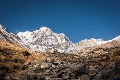Sikt av Annapurnaen I, Nepal royaltyfri fotografi