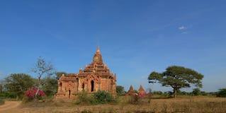 Sikt av Bagan tempel, Myanmar Royaltyfria Bilder