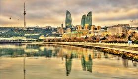 Sikt av Baku vid Kaspiska havet Arkivfoton