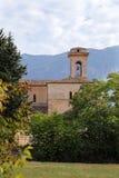 Sikt av basilikan Valvense av San Pelino i Corfinio, L'Aquila Fotografering för Bildbyråer