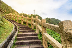 Sikt av berg och naturen på ostkusten av Taiwan Royaltyfri Foto