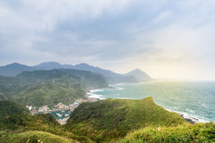 Sikt av berg och naturen på ostkusten av Taiwan Arkivbild