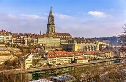Sikt av Bern med dess Munster Fotografering för Bildbyråer