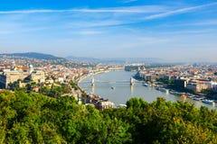 Sikt av Budapest och Danubet River Fotografering för Bildbyråer