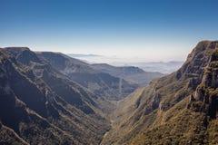 Sikt av Canion Fortaleza - Serra Geral National Park Royaltyfri Bild