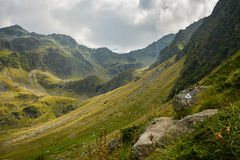 Sikt av Carpathian Fagaras berg Arkivbild