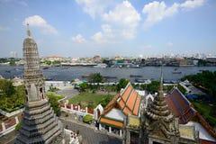 Sikt av Chao Phraya River från Wat Arun Fotografering för Bildbyråer