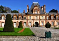 Sikt av chateauen de Fontainebleau arkivfoton