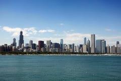 Sikt av Chicago från den Adler planetariumen Royaltyfri Foto