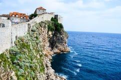 Sikt av citadellen i den gamla staden av Dubrovnik Royaltyfria Bilder