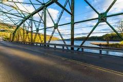 Sikt av Connecticutet River från det Brattleboro Vermont tillståndet Lin Arkivfoto