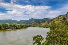 Sikt av Danube River, Österrike Arkivfoto