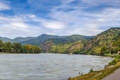 Sikt av Danube River, Österrike Royaltyfria Foton