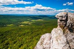 Sikt av de Appalachian bergen från klippor på stora Schloss, in Fotografering för Bildbyråer