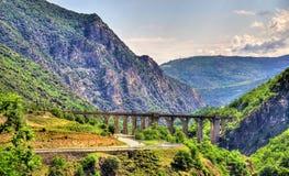 Sikt av de Catalan Pyreneesna i Frankrike Arkivfoton