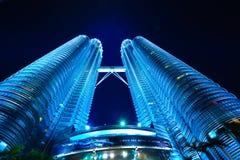 Sikt av de Petronas tvillingbröderna Royaltyfri Fotografi
