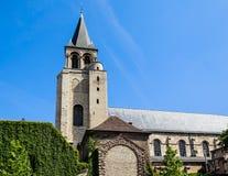 Sikt av den Abbaye Helgon-Germain-des-Pres abbotskloster, ett romanskt mig Arkivbild